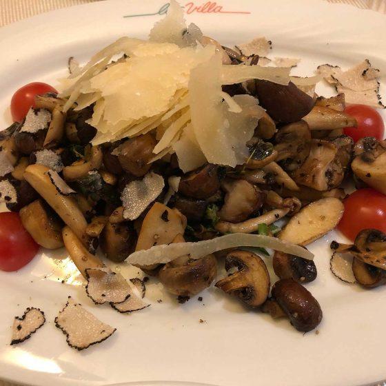 Geschmorte Pilze mit Trüffel